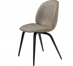 Стул без подлокотников Gubi Beetle Dining Chair, BlackStainedBeech_Chianti-05
